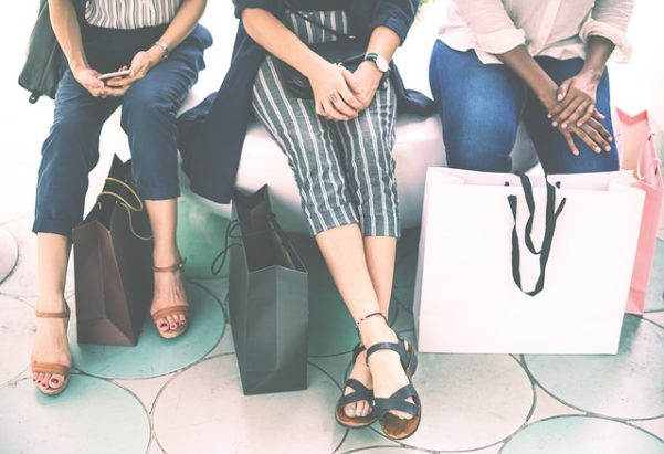 women make purchase decisions